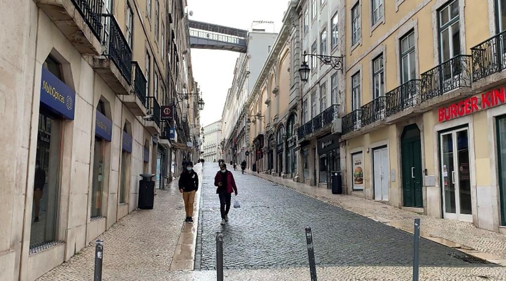 Endurece Portugal su confinamiento por COVID-19