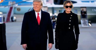 Trump deja calladamente de ser presidente