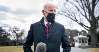 Nombra Biden a Robert Malley como nuevo enviado especial para Irán