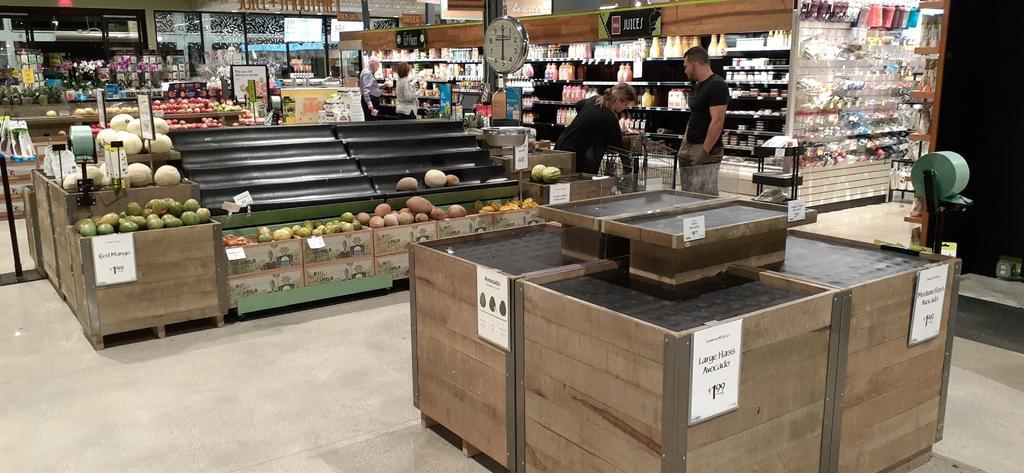 Trabajadores de supermercados en EUA, esenciales pero sin vacunarse