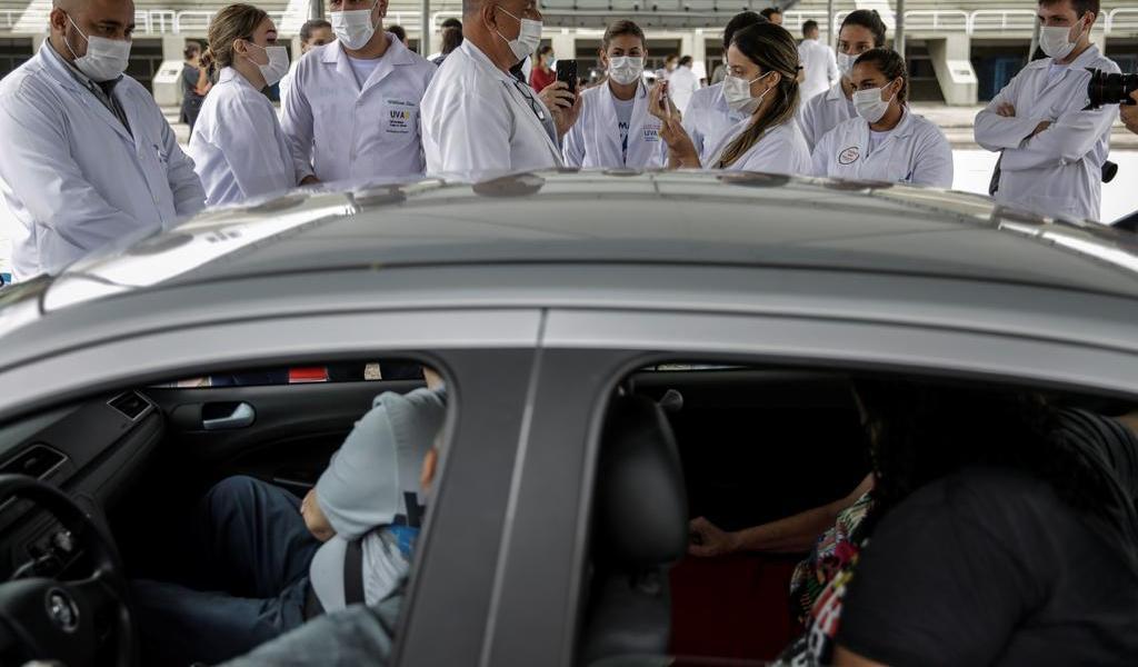 Rebasa Brasil los 10 millones de casos de COVID-19