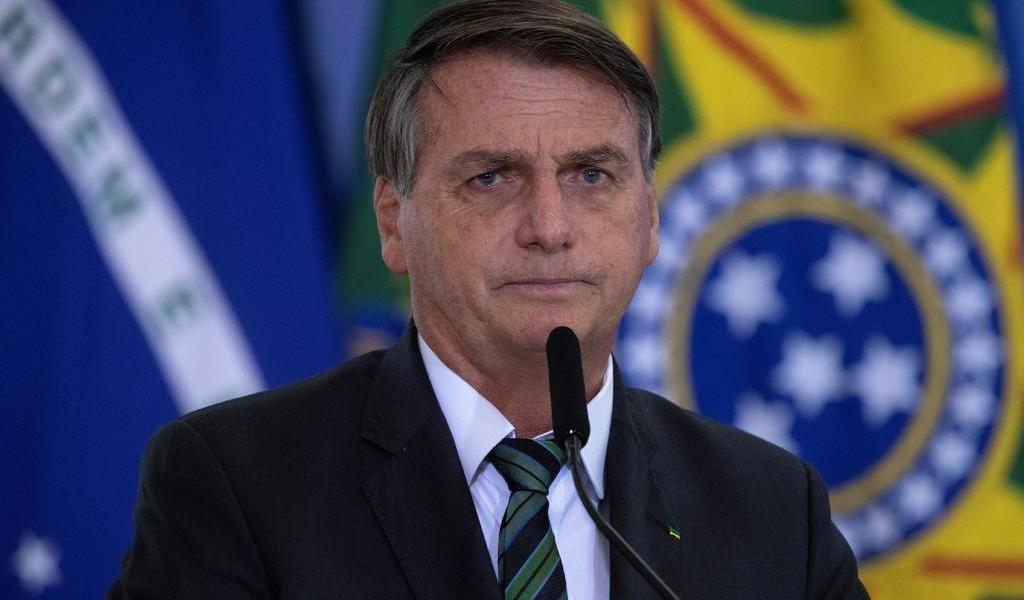 Reitera Bolsonaro que impulsará cambios en Petrobras tras provocar crisis