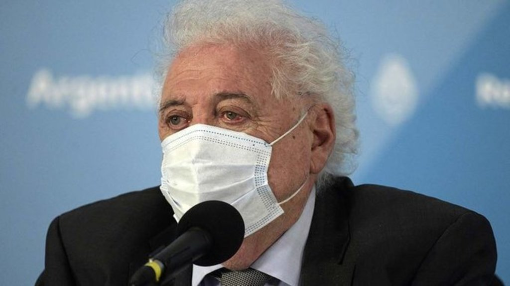 Renuncia ministro de Salud por escándalo