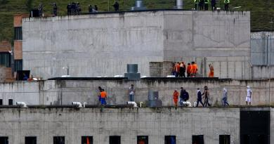 Asciende a 62 cifra de muertos por motines en cárceles de Ecuador: Edmundo Moncayo