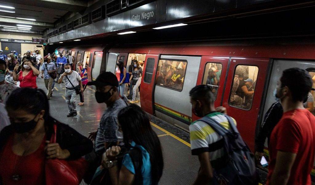 Aplica Venezuela alza progresiva a tarifas de servicios públicos