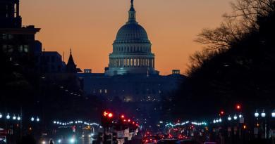 Congreso, por aprobar plan de rescate de Biden