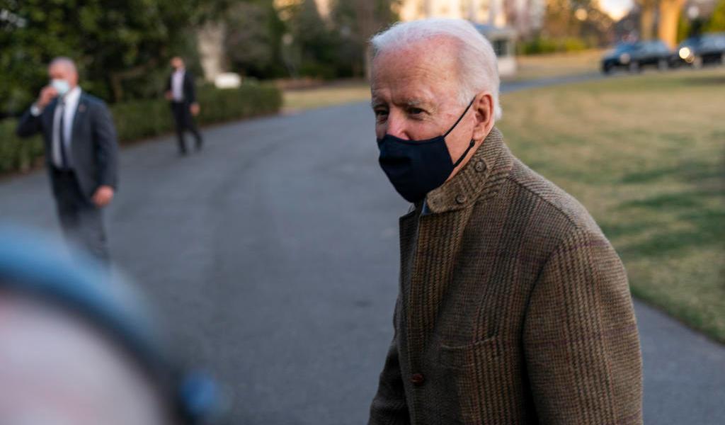 Joe Biden se niega a exigir renuncia de  Andrew Cuomo