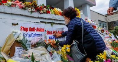Sopesan control de armas tras masacre en Atlanta