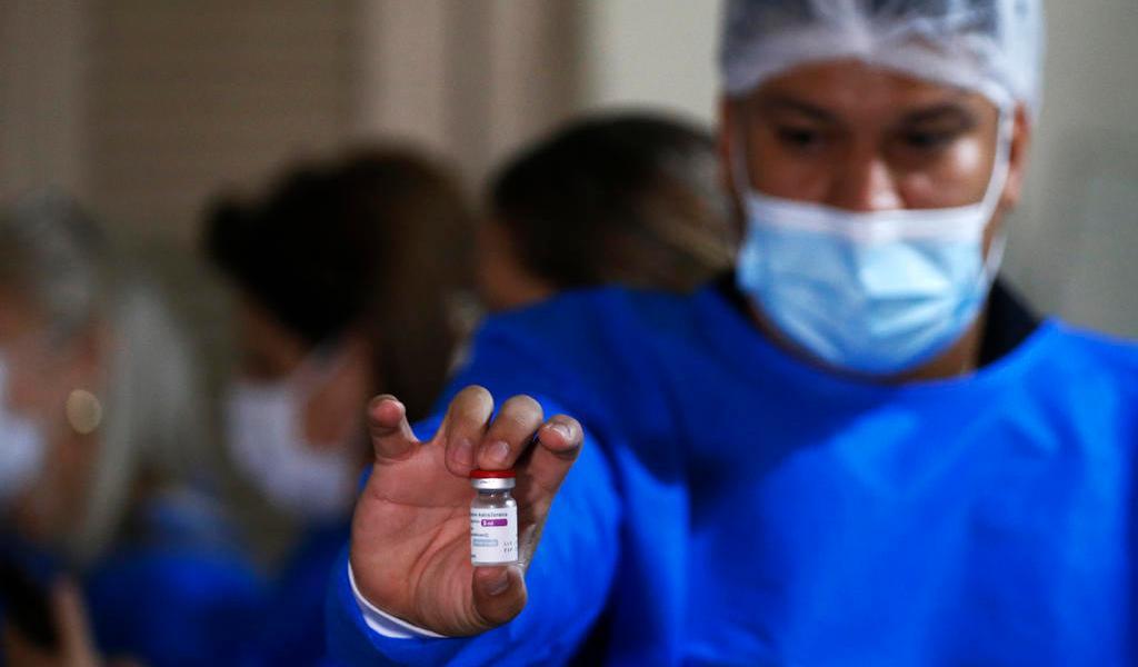 Paraguay suspende vacuna COVID de AstraZeneca a menores de 55