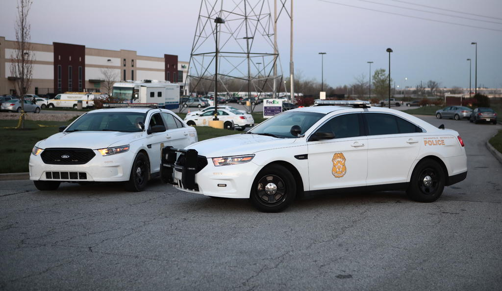 Tiroteo en almacén postal deja 8 muertos en Indianápolis