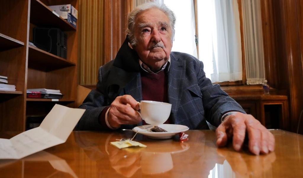 Tras endoscopia, José Mujica evoluciona bien en primera noche en casa
