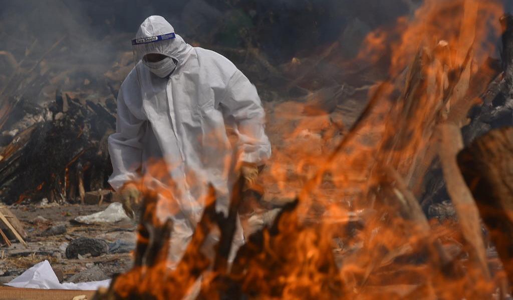 Supera pandemia los 150 millones de contagios; suma 3.1 millones de muertes