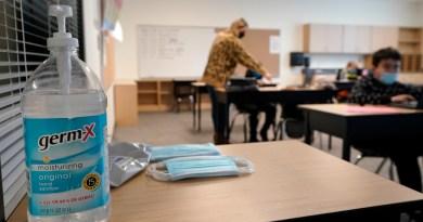 Sindicato docente de EUA pide reabrir escuelas