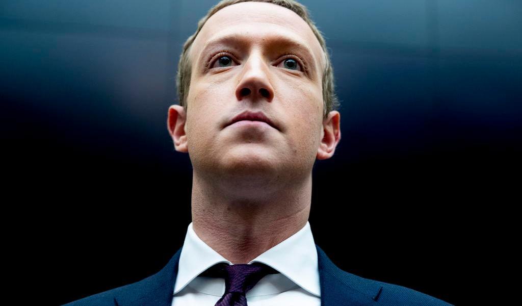 Analista de datos de Facebook denuncia manipulación de información