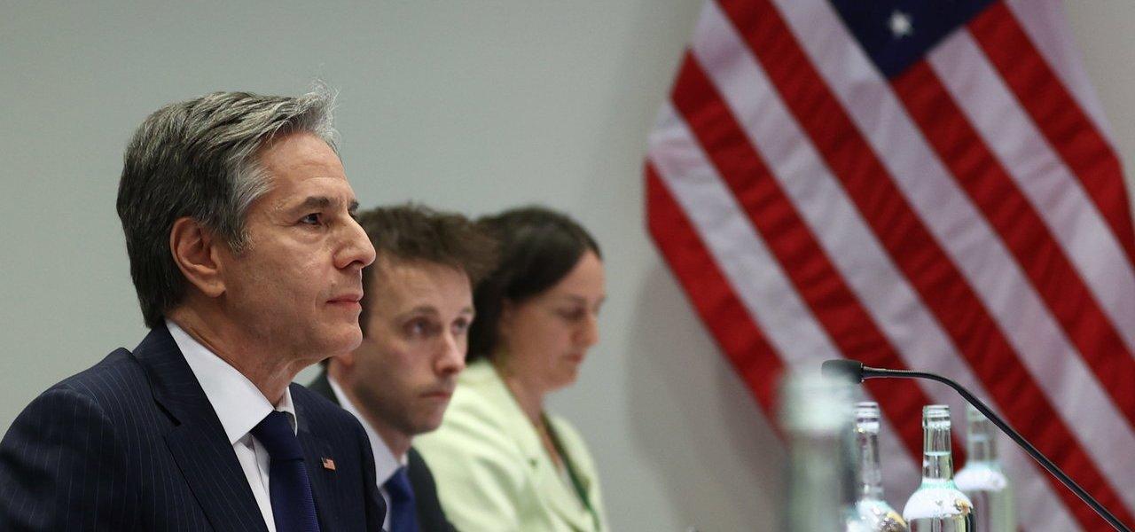 EUA y Rusia comienzan un diálogo pese a sus 'profundas diferencias'