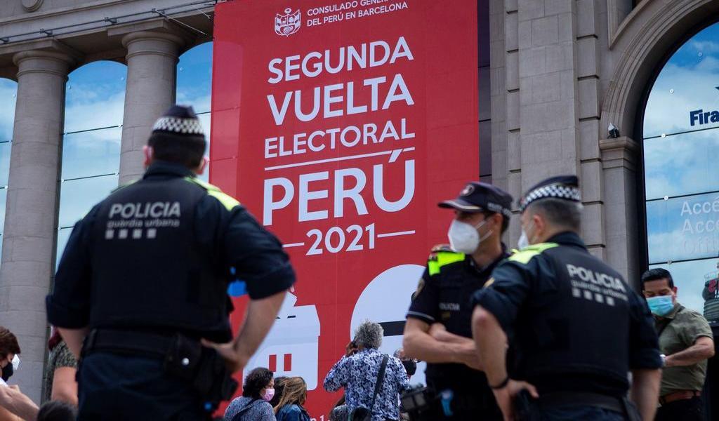 Inicia jornada electoral para elegir al próximo presidente de Perú