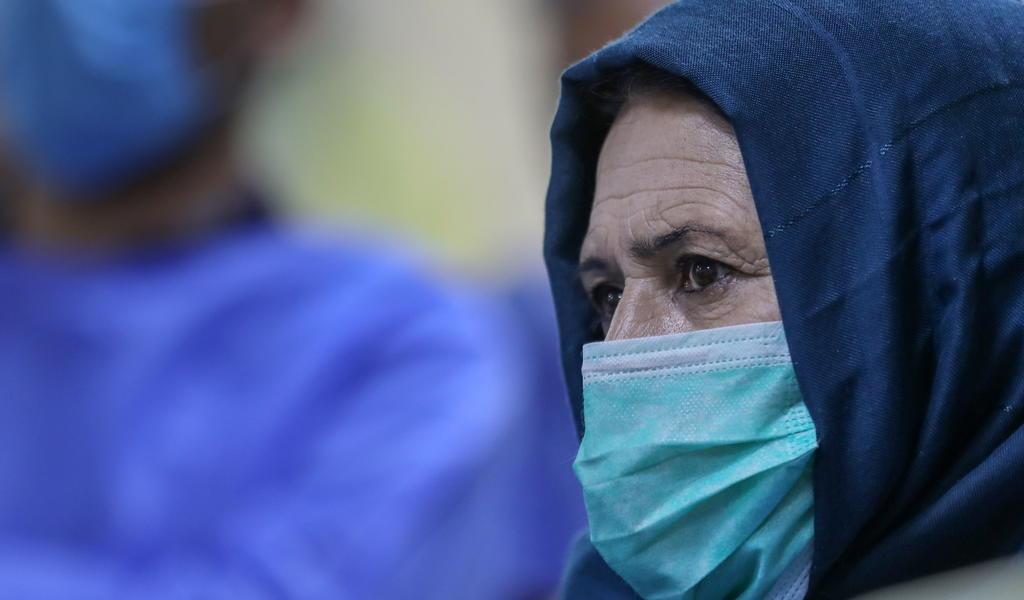 Se prepara Afganistán para 'lo peor' en pleno aumento de casos COVID
