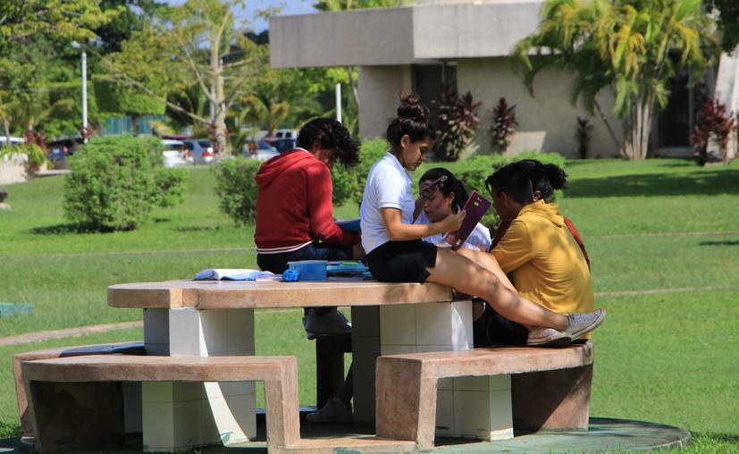 Cancún apoyará a escuelas privadas para que estas no cierren