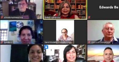 Chetumal: Capacitan a docentes para impartir clases en línea