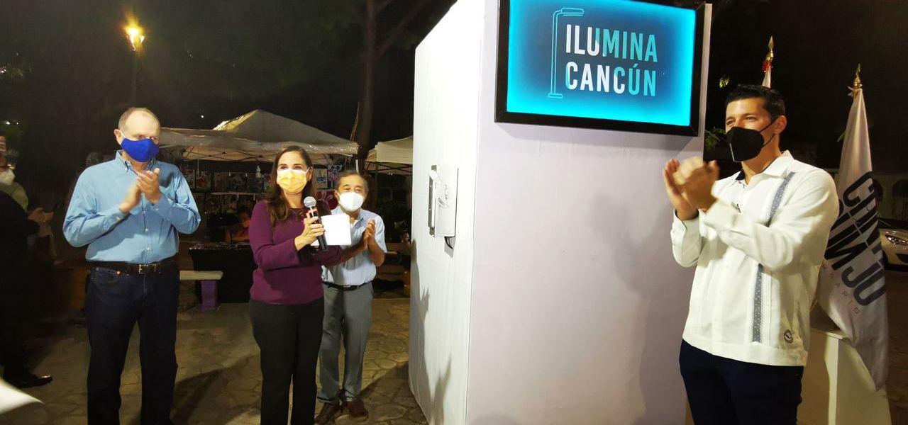 ATIENDEN CON ILUMINA CANCÚN EMBLEMÁTICOS PARQUES DE SM 22