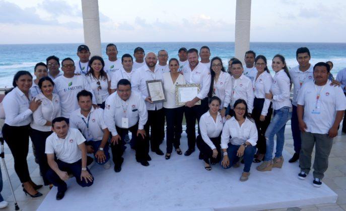 Renueva Playa Cancún certificación de limpia y sustentable