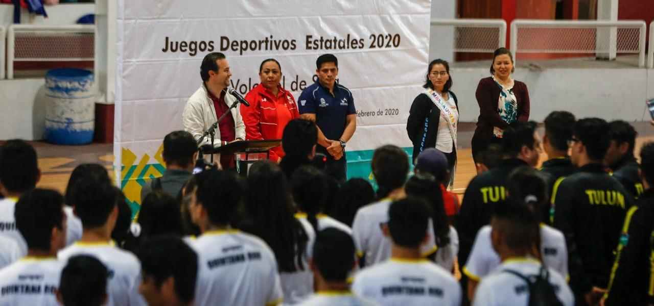 Inaugura Pedro Joaquín los Juegos Estatales de Voleibol de Sala en Cozumel