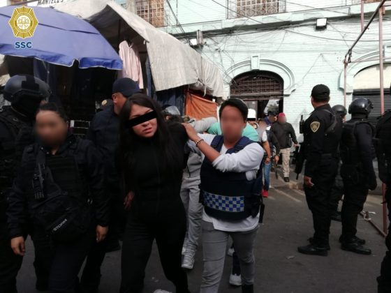 Caen 16 con drogas en operativo contra narcomenudeo en Tepito (FOTOS)