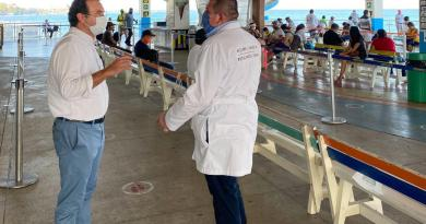 Constata Pedro Joaquín cumplimiento de protocolos sanitarios en el muelle Navega de Playa del Carmen