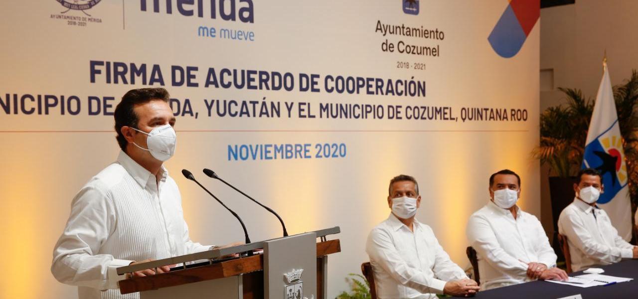 Firma Presidente Municipal de Cozumel Pedro Joaquín Acuerdo de Cooperación con el municipio de Mérida, para impulsar acciones conjuntas en materia turística, cultural y de desarrollo sustentable