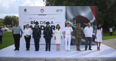 Mara Lezama encabezó la ceremonia cívica por el Día de la Bandera
