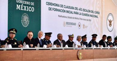 """Llama AMLO a GN a """"resistir propuestas indecorosas"""" del crimen organizado"""