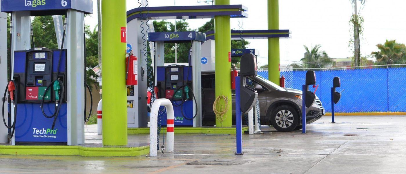 Precio de la gasolina baja en Cancún, premium llega hasta los 17.69 por COVID-19