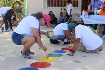 Realizan actividades de voluntariado en comunidad de Quintana Roo