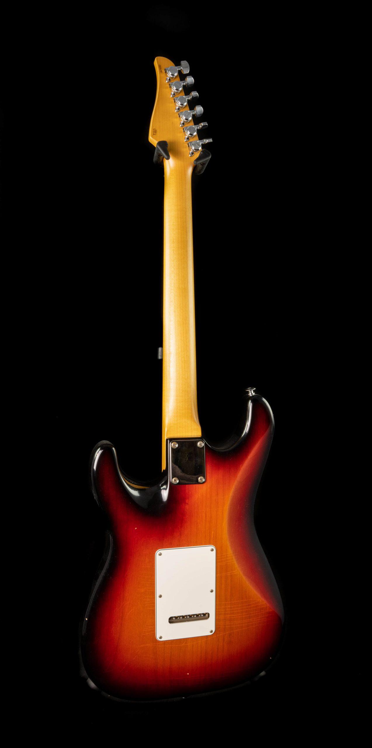 Suhr Classic S Antique in 3 Tone Burst