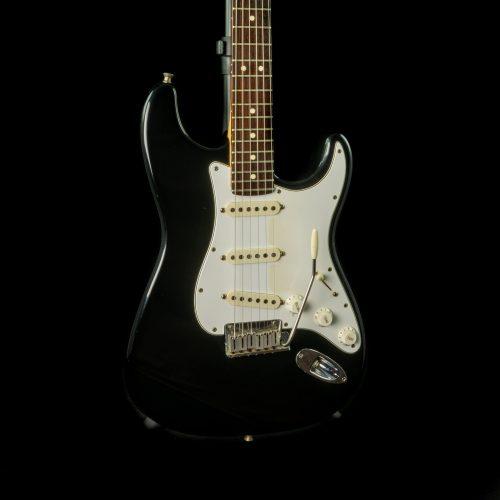 Fender - 1993 - 40th Anniversary US Stratocaster in Black