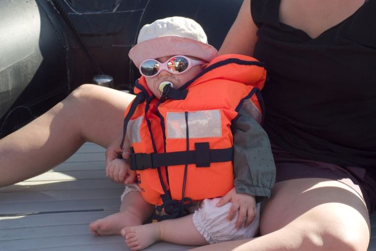 Baby-life-jacket-567844893df78ccc1534cd2d (1)