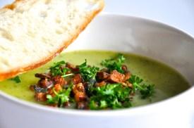 Zucchini-Ziotronen-Suppe
