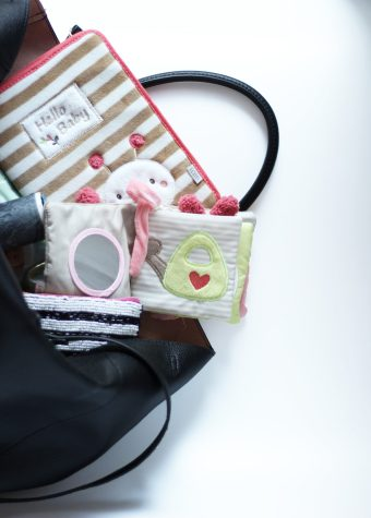 Mamas Handtasche - Spielzeug für das Baby immer mit dabei! #Baby