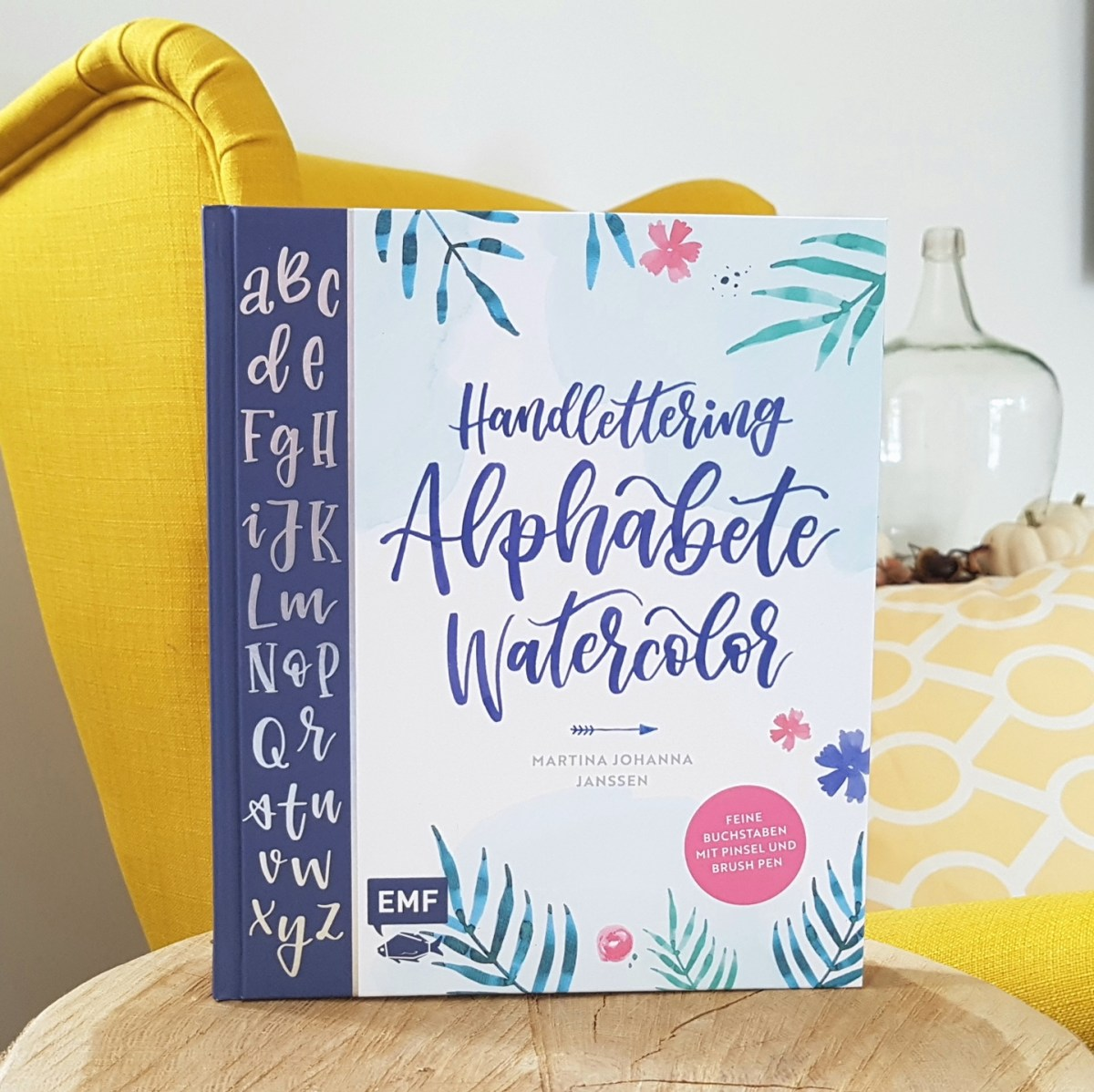 Handlettering Alphabete Watercolor von Martina Johanna Janssen (Rezension)