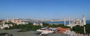 Ortaköy Moschee und Bosporusbrücke