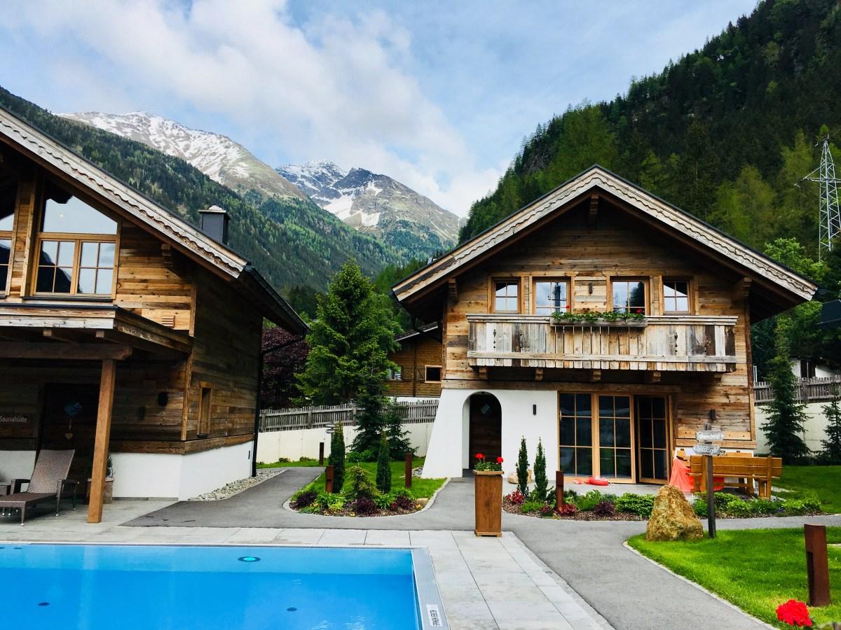 Österreich Urlaub: Wellness-Chalets mit Pool im Pitztal