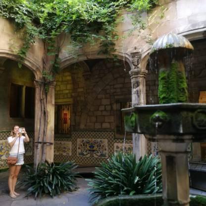 La Casa de l'Ardiaca Barcelona