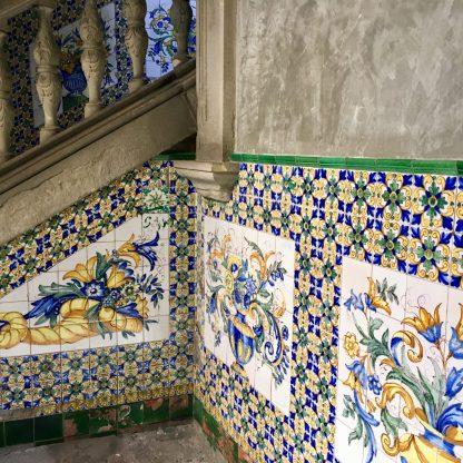Mosaik auf den Treppen in der Casa de l'Ardiaca