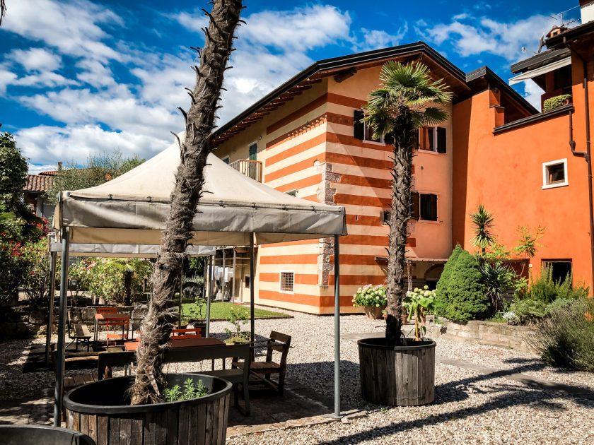 Mediterraner Garten im Guesthouse