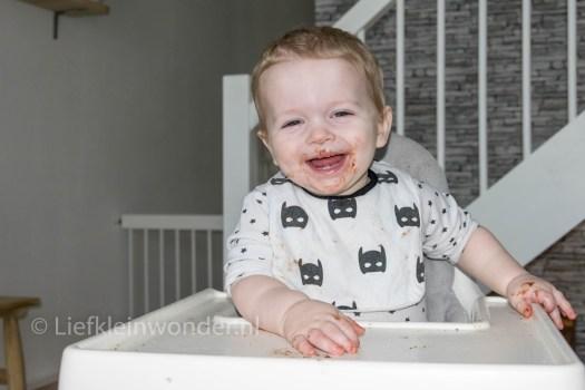 14 maanden en 2 weken oud - Broodje pasta eten