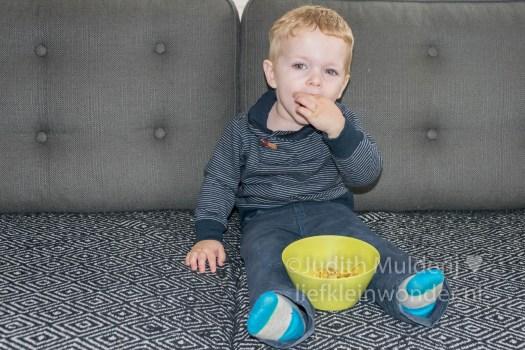 Jayden 19 maanden en 2 weken oud peuter dreumes - gebakken ei eten