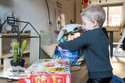 Jayden mama blog 2 jaar oud 2de verjaardag cadeau mac donalds speelgoed set houten fruit set