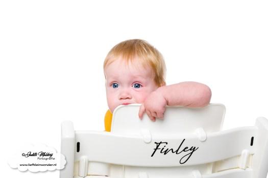 Finley 11 maanden oud mama blog www.liefkleinwonder.nl ontwikkeling tandjes