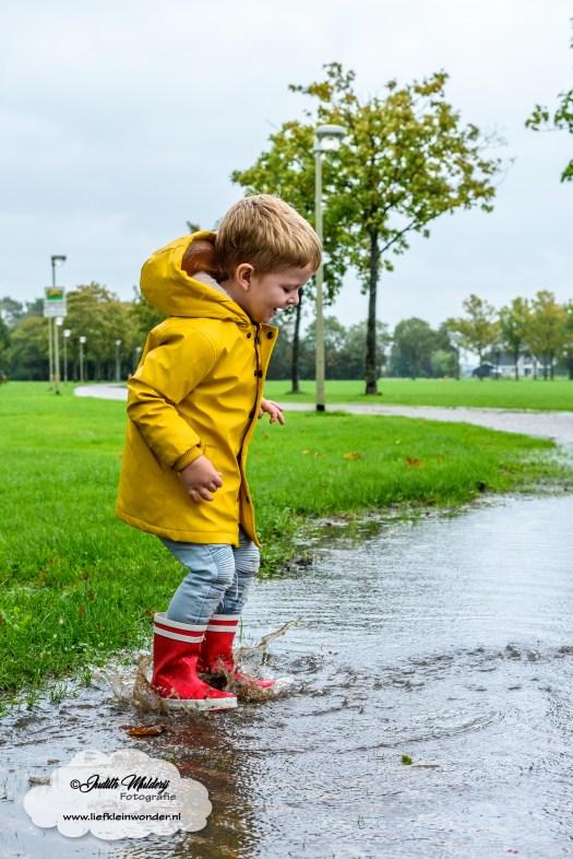 Kinderbijslag aankopen shoplog review mama blog babykleding jongens kleding shoppen brandrep fotograaf Kruidvat laarsjes regenlaarzen