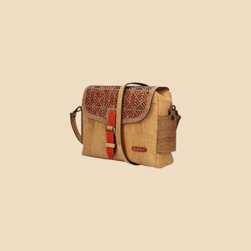 Sac bandoulière en liège modèle Jumanji vue trois quarts couleur rouge